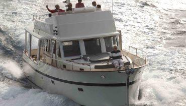 Rhéa Trawler 43 en navigation