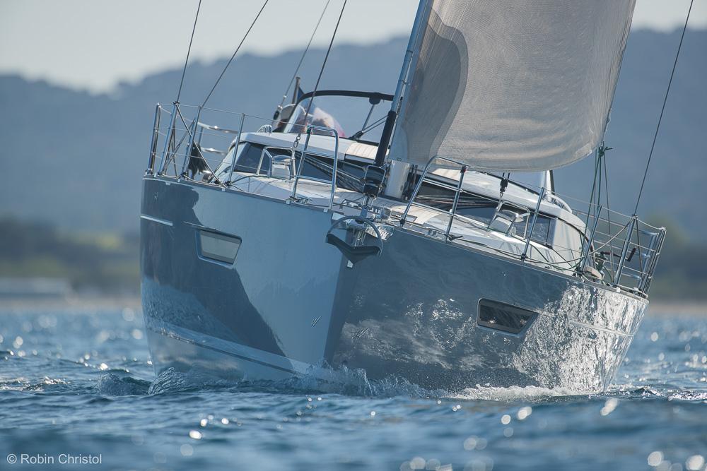 Wauquiez Pilot Saloon 42 - Spyrit Boats Oceans ...
